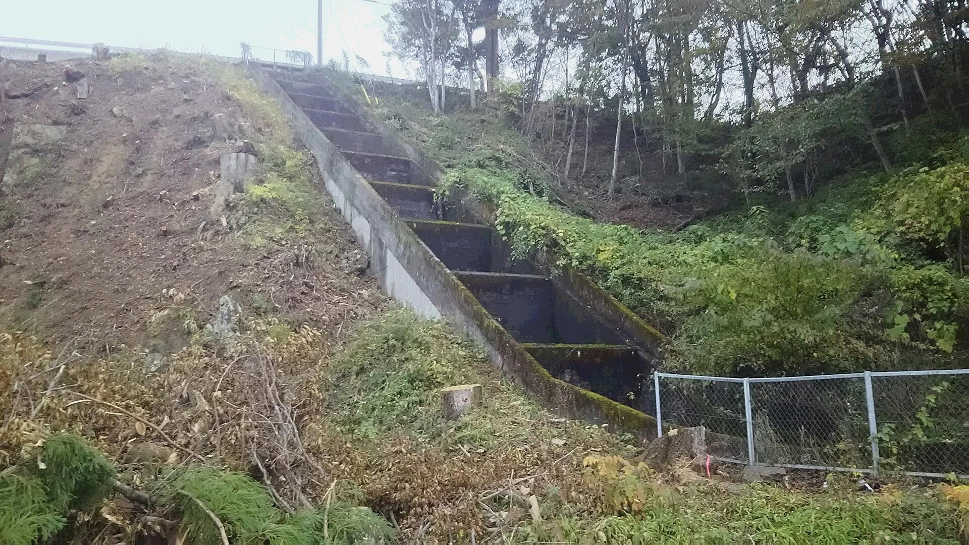 27,11桜井落差工:水力発電