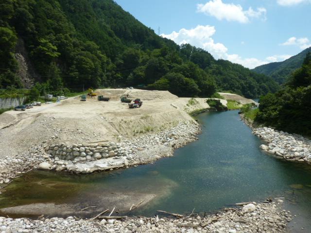 28,8,24委員会調査松川ダム再開発.堆積した砂