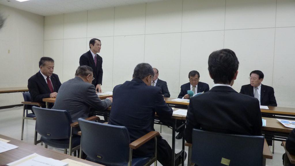 28,11,2委員会調査:福岡県庁
