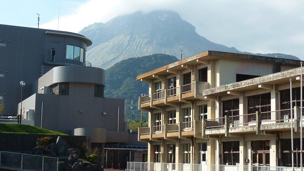 28,11,1委員会調査:雲仙復興事務所と旧大野木場小学校